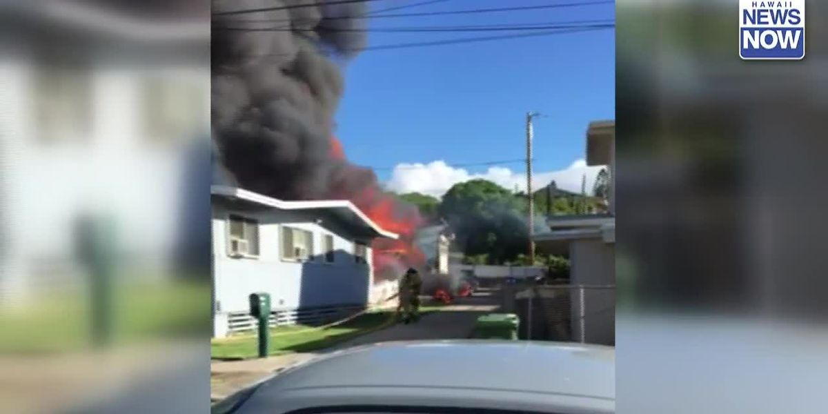 2 people dead after fire breaks out at Kahala home