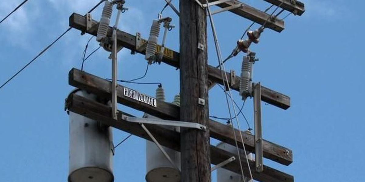 Power outage impacts roughly 3,100 customers along the Waianae coast