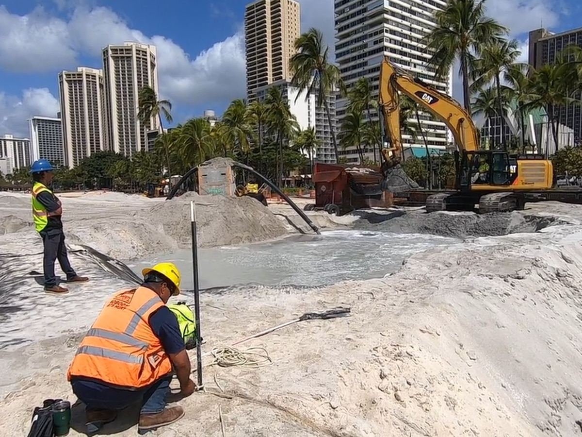 Project to replenish sand at Waikiki Beach to be completed in May