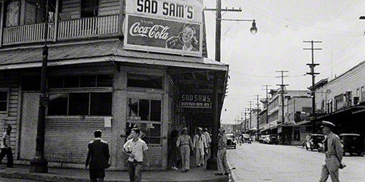 Never-before-seen trove of photos shows Honolulu during height of World War II