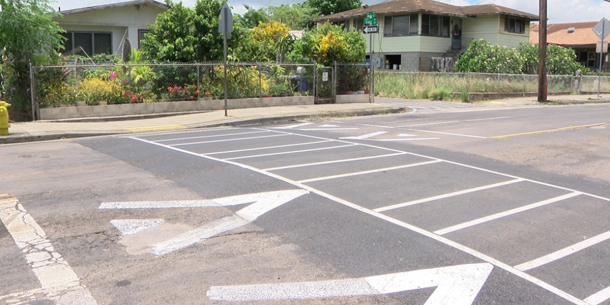 New raised crosswalk slows down traffic on Kalihi Street ― as intended