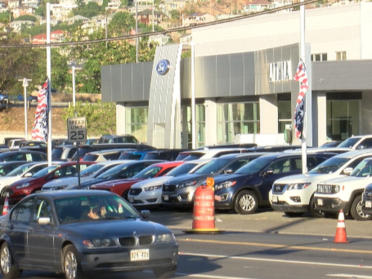 BBB gives major auto dealer a low rating following complaints of overcharging