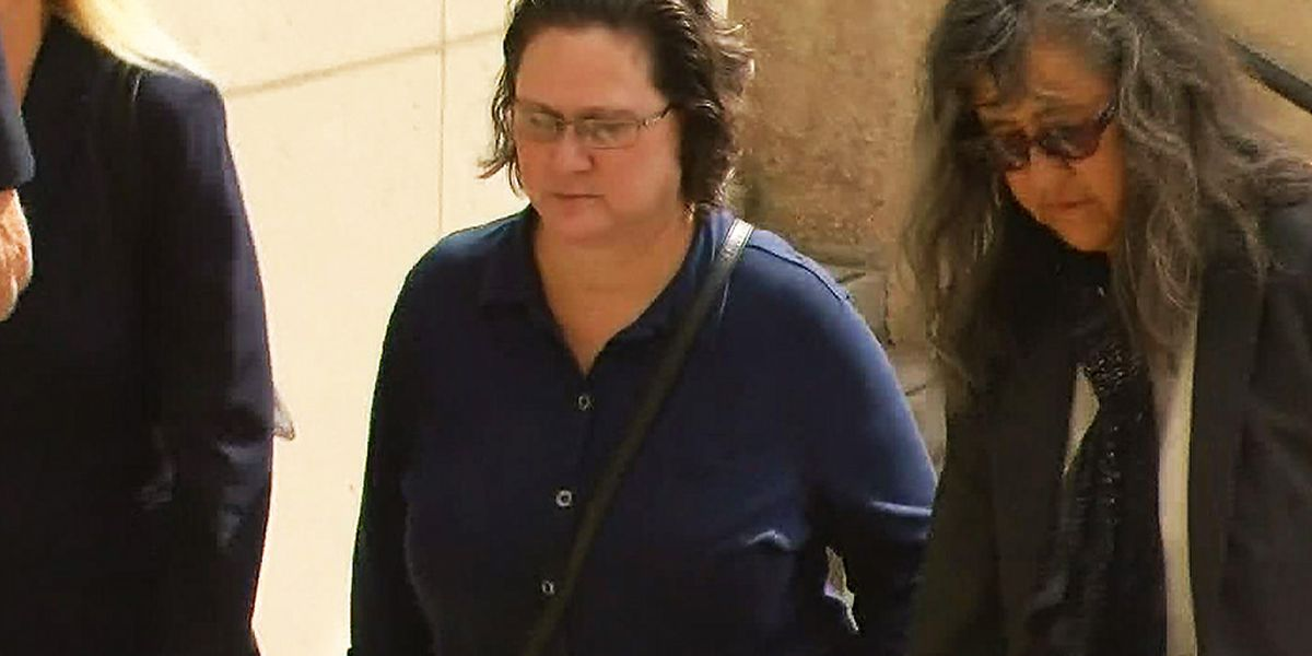 Convicted ex-prosecutor wants phone hearings during pandemic