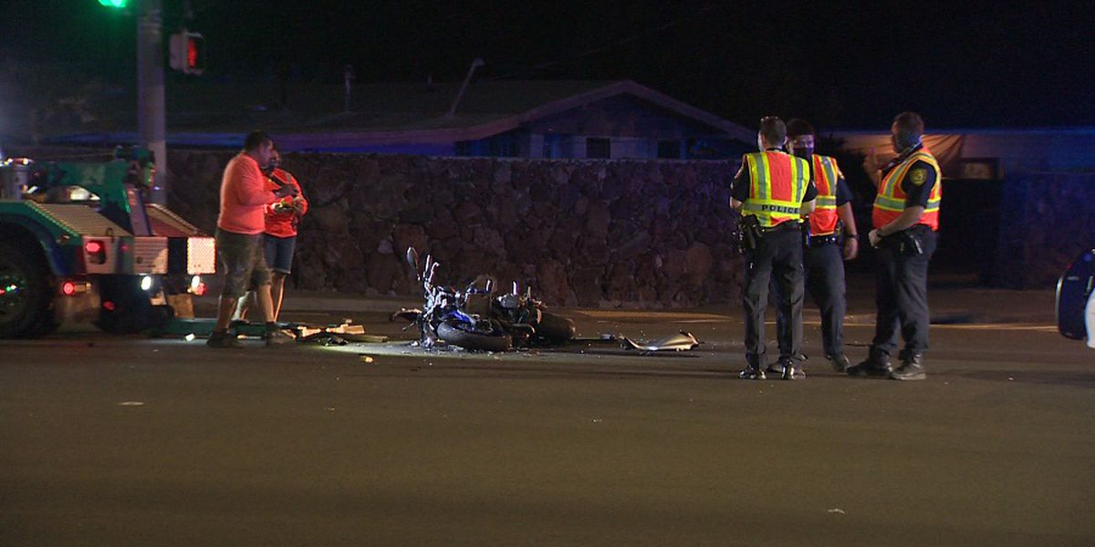 Teen motorcyclist dies days after a late-night crash in East Oahu