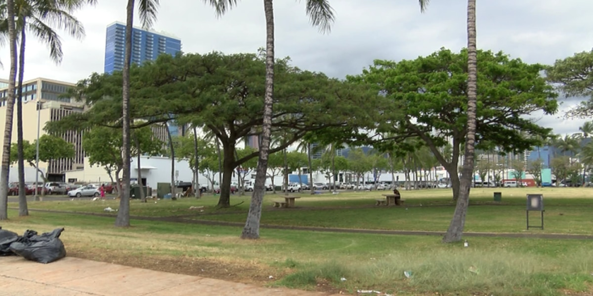 New approach allows city to clear homeless at Kakaako parks