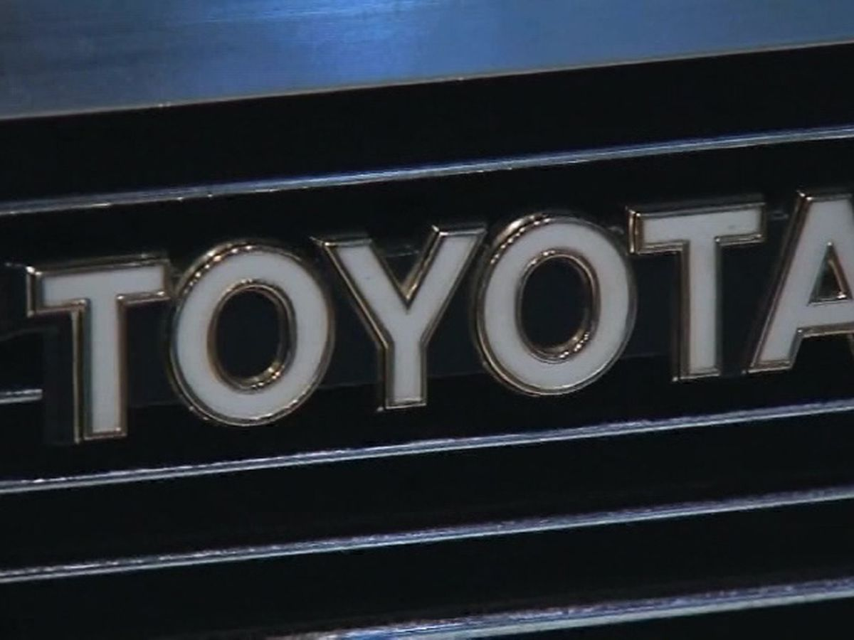 Toyota recalls SUVs due to faulty back-up cameras