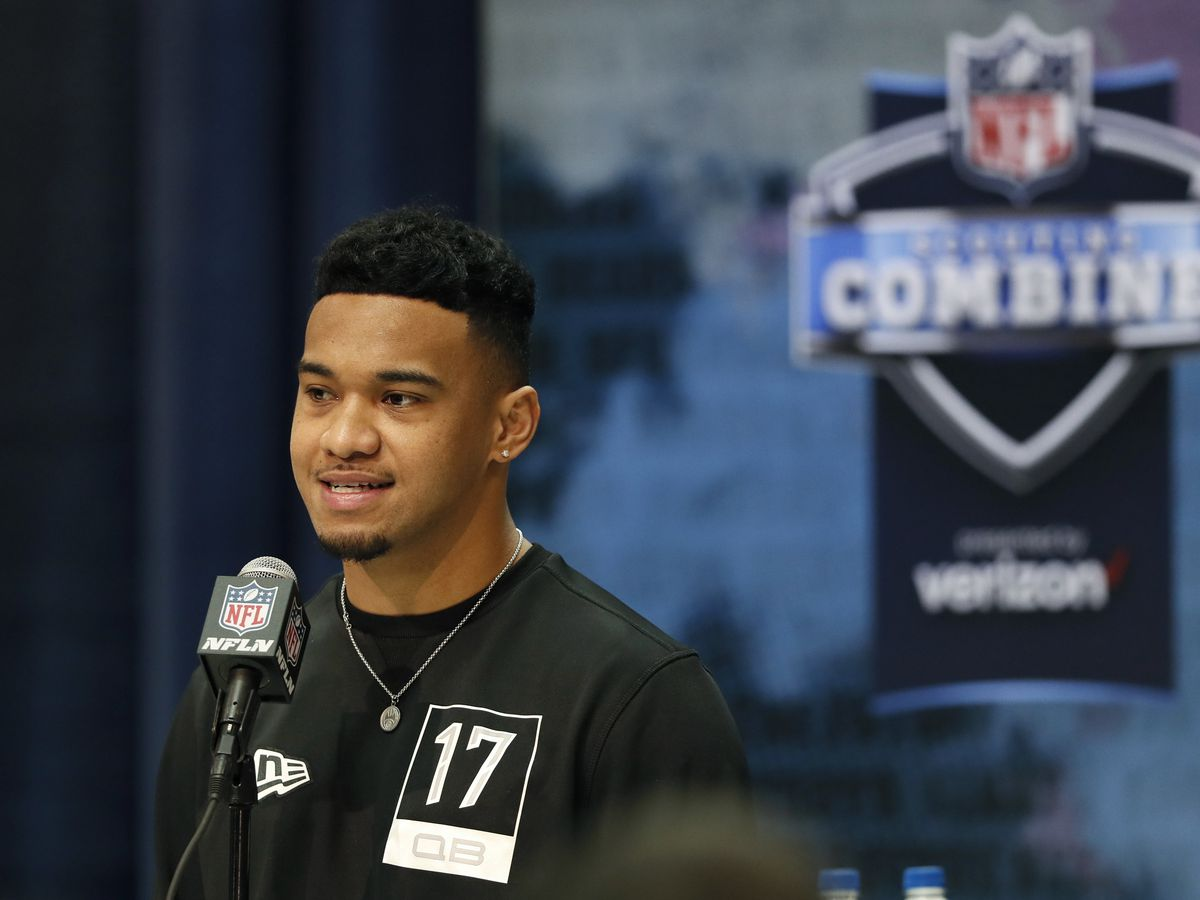 Tagovailoa signs reported 4-year, $30M contract with Miami Dolphins