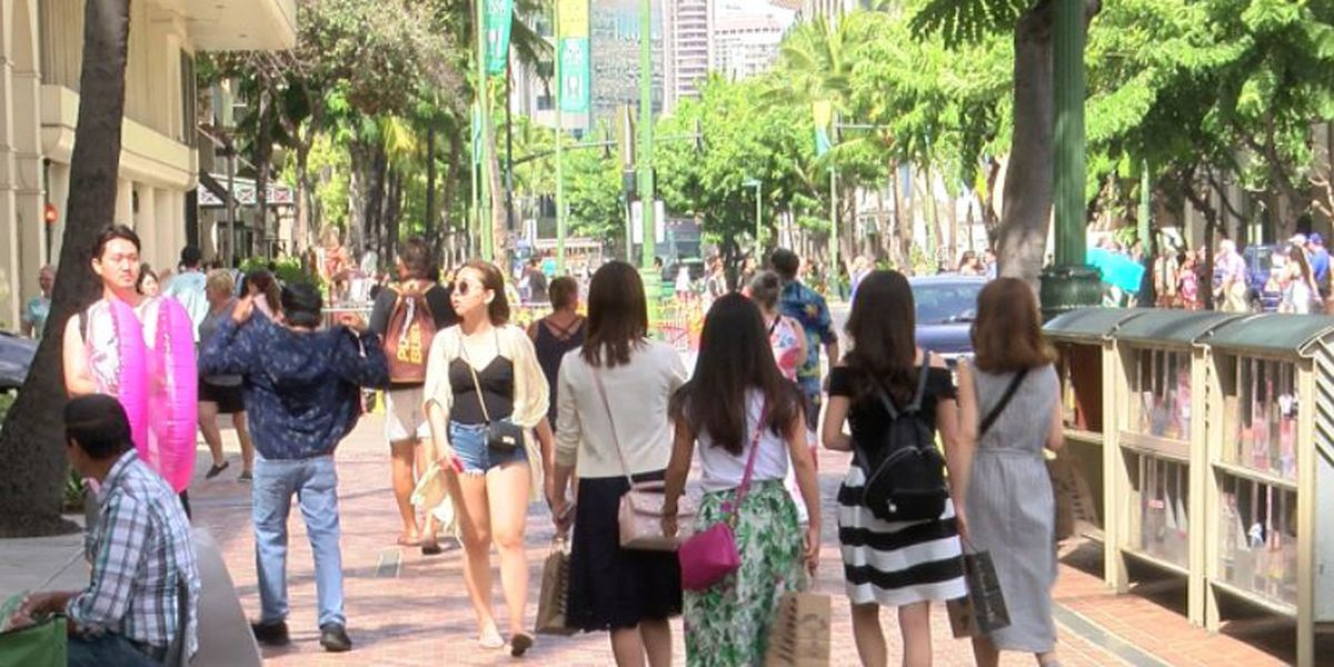 Hawaii's population declined for a second year. The reason: People leaving for the mainland
