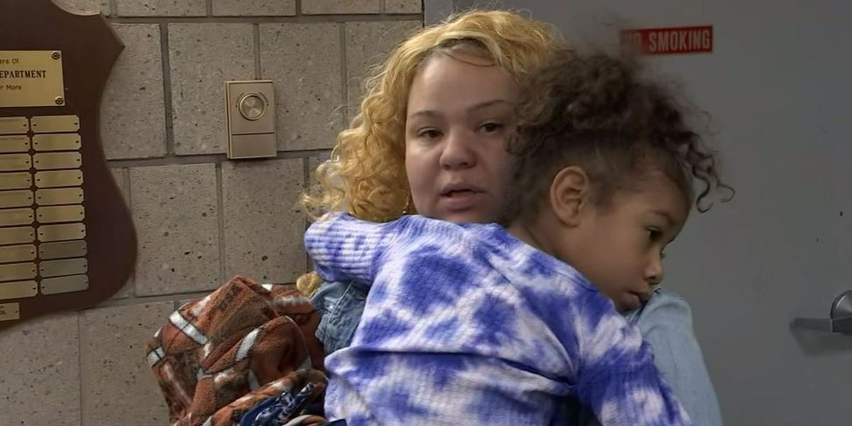 Girl, 5, reunited with mother after thieves steal car with her inside