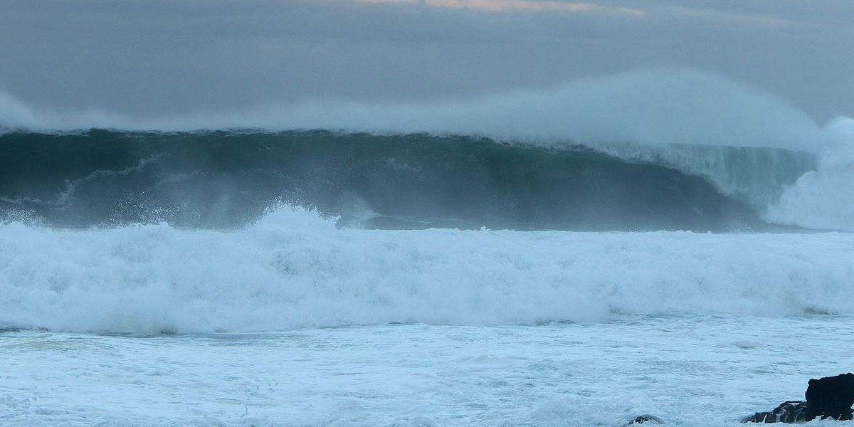 High surf once again for north, west shores