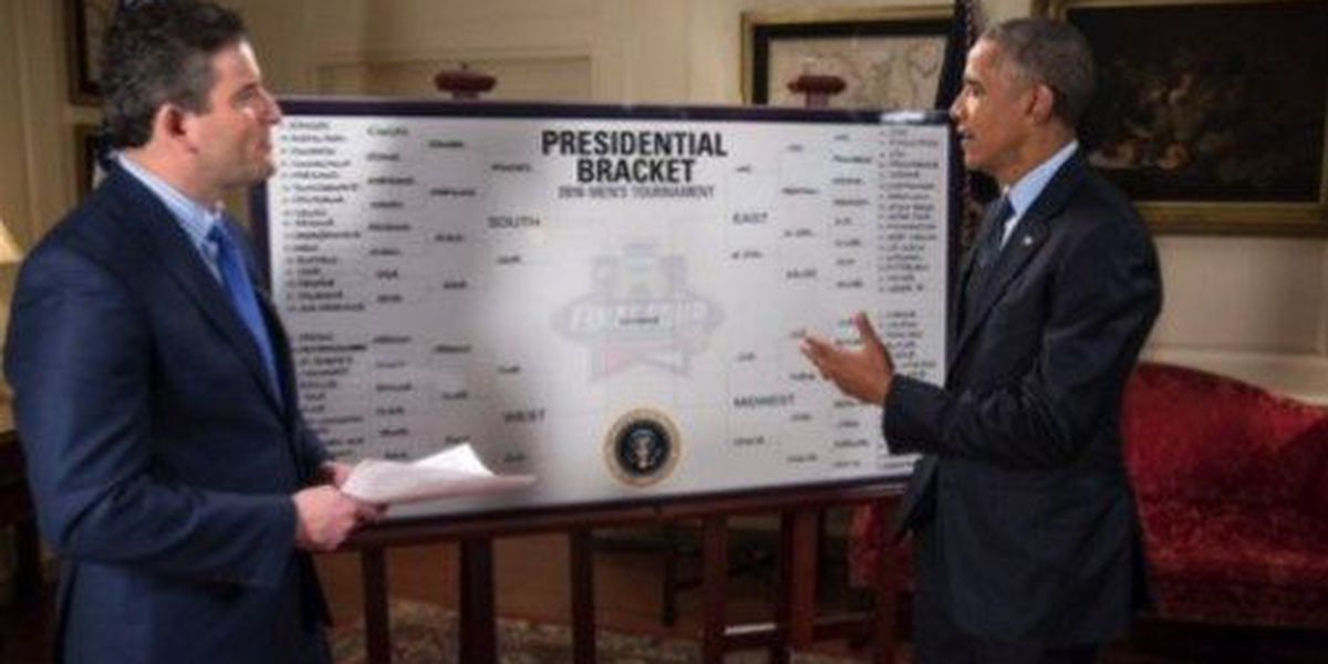 President Obama picks 'Bows over Bears in annual March Madness bracket