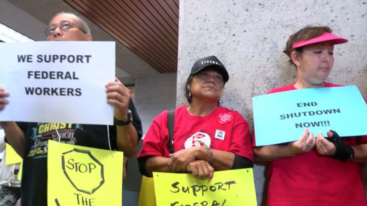 Can furloughed federal workers in Hawaii apply for unemployment? Yes, but ...