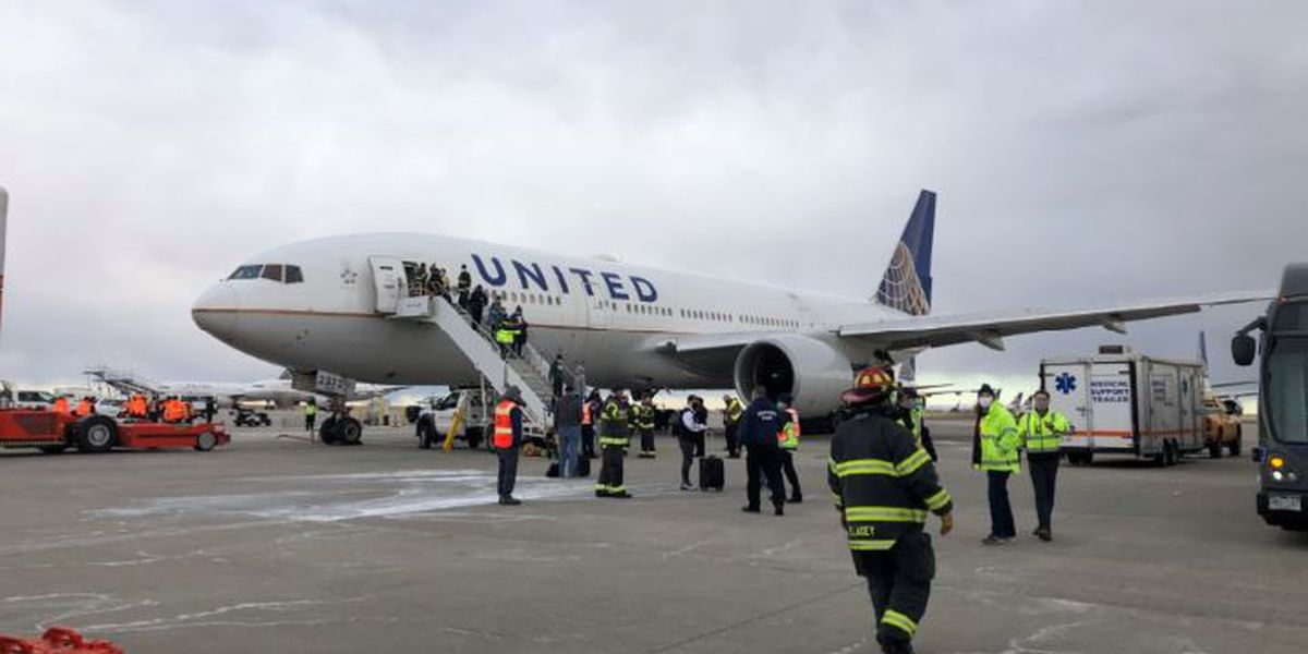 United grounds Boeing 777 aircraft following engine failure; FAA narrows investigation