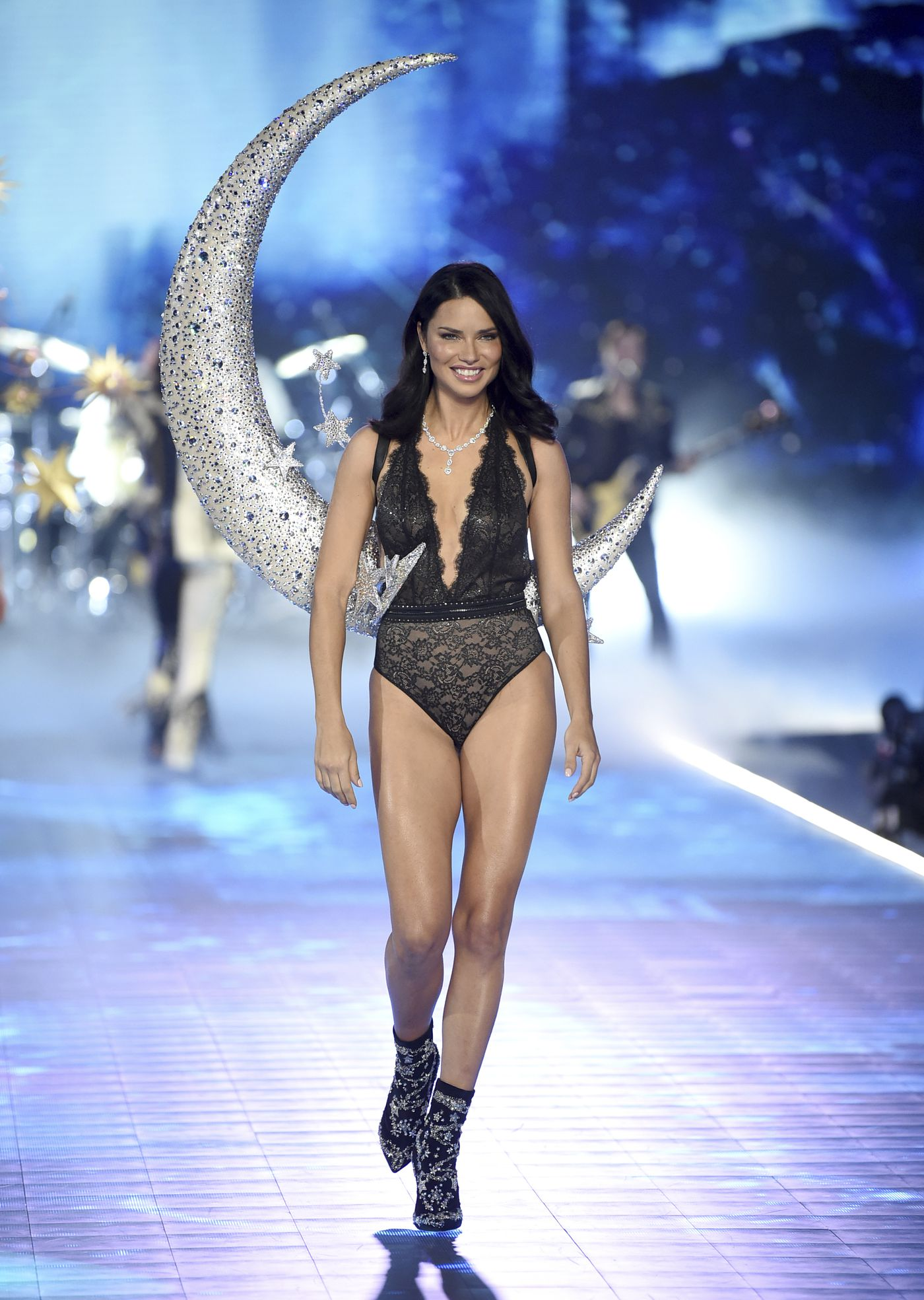 89dfc0a2b6 Adriana Lima walks the runway during the 2018 Victoria s Secret Fashion Show  at Pier 94 on