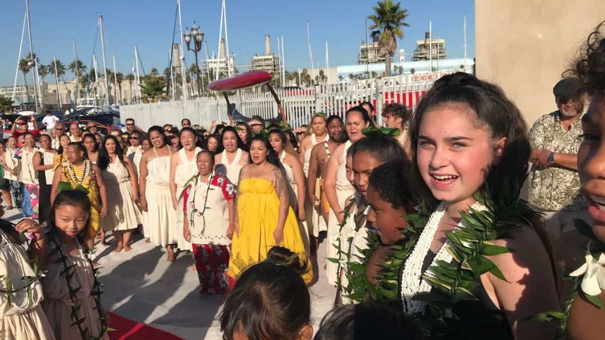 Redondo Beach welcomes Hikianalia and her crew