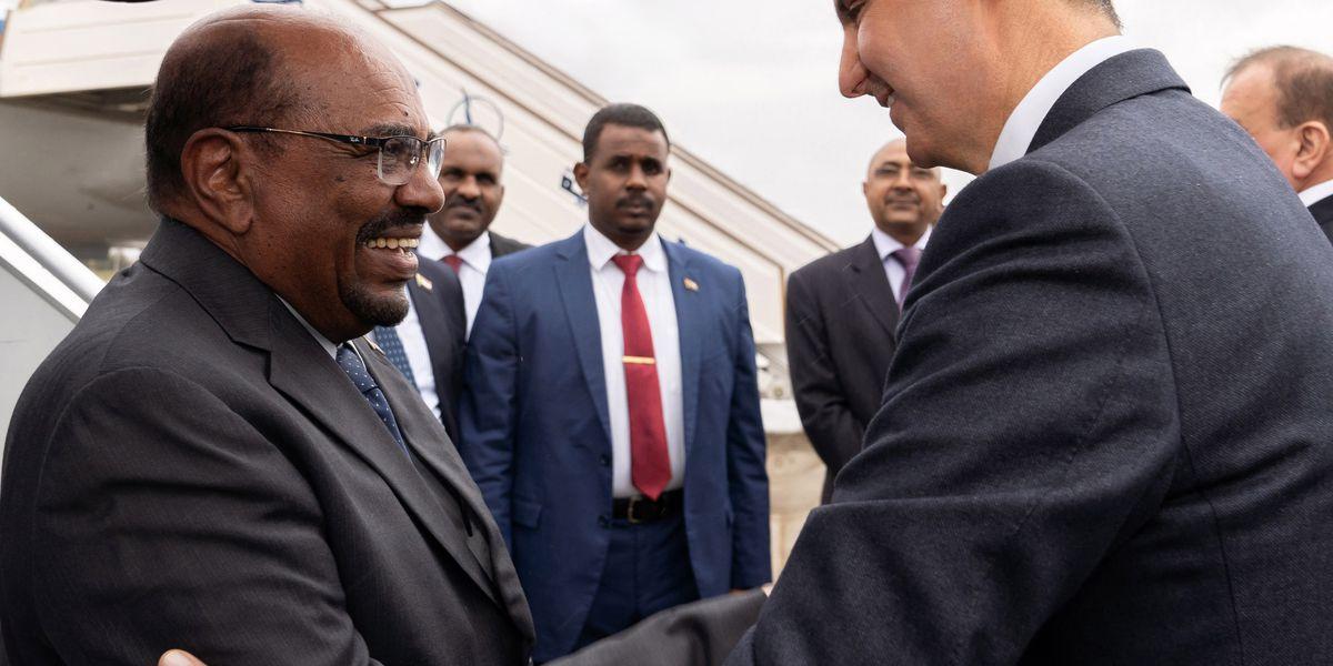 Sudan president lands in Syria in 1st visit by Arab leader