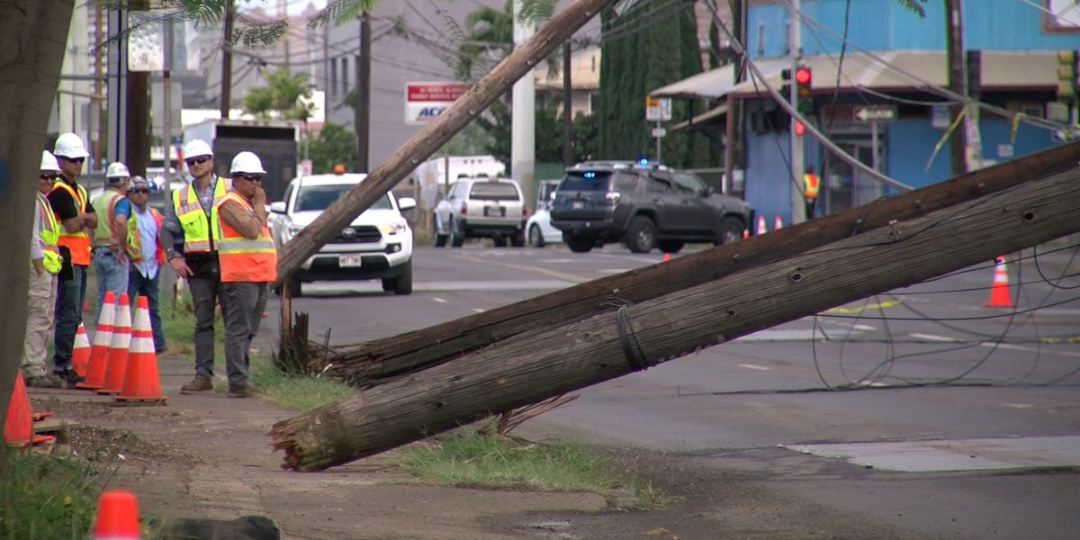 Dillingham Blvd. reopens after dump truck brings down 4 utility poles