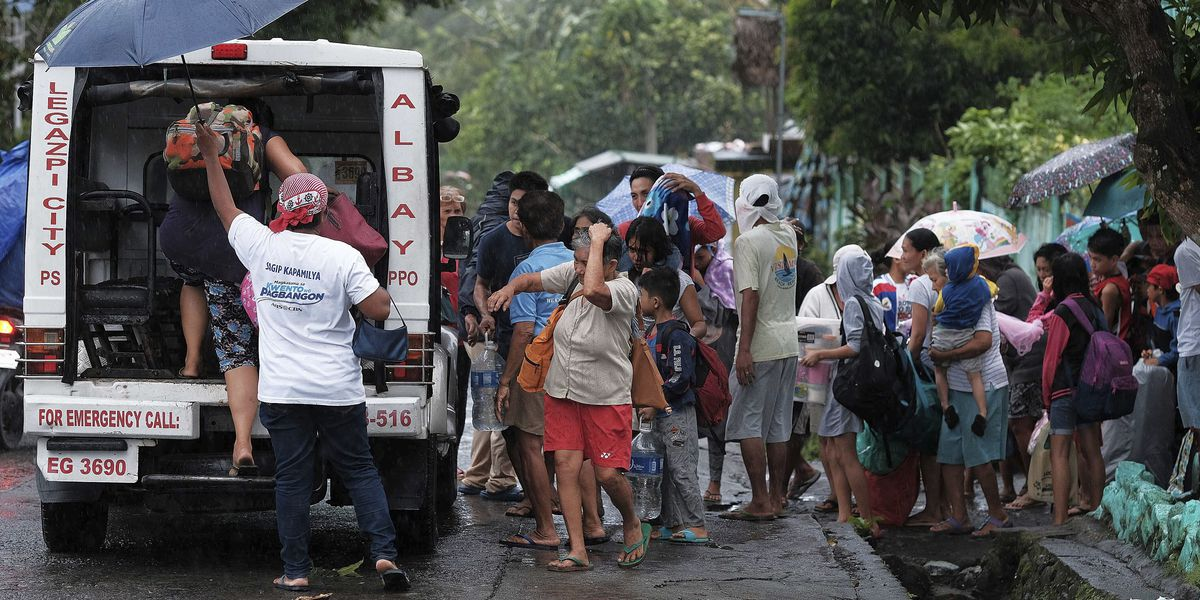 Powerful typhoon nears Philippines, forcing evacuations