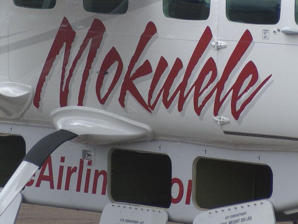 Mokulele plane skids off a Maui runway