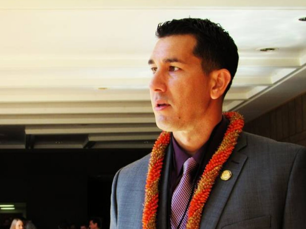 Kahele to run against Gabbard for seat in Congress