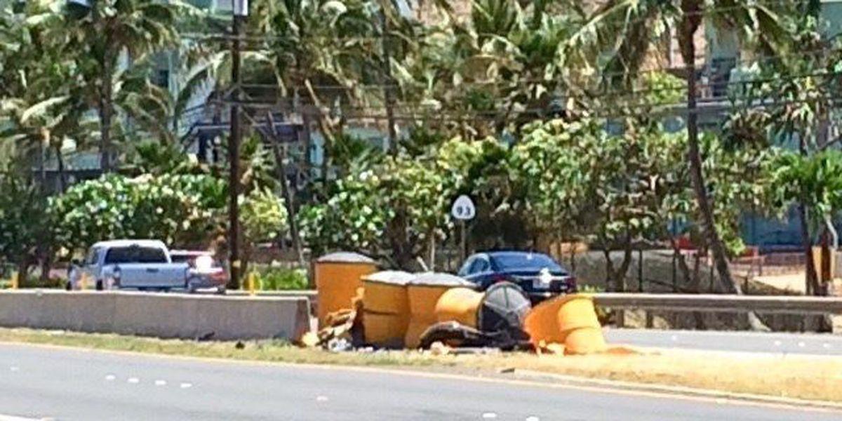 Ewa Beach woman dies after vehicle overturns in Nanakuli