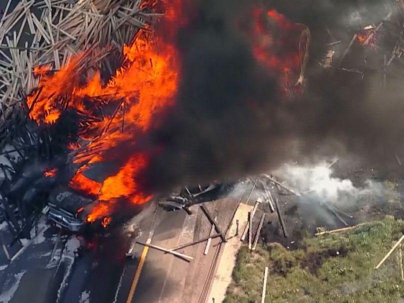 Multiple people killed in fiery 28-vehicle pileup in Colorado