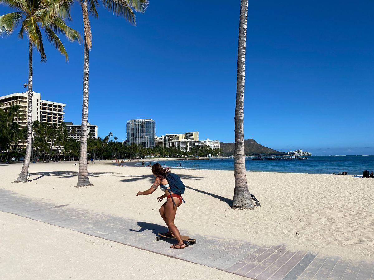 Program will close main Waikiki thoroughfare to vehicles 4 Sundays this summer