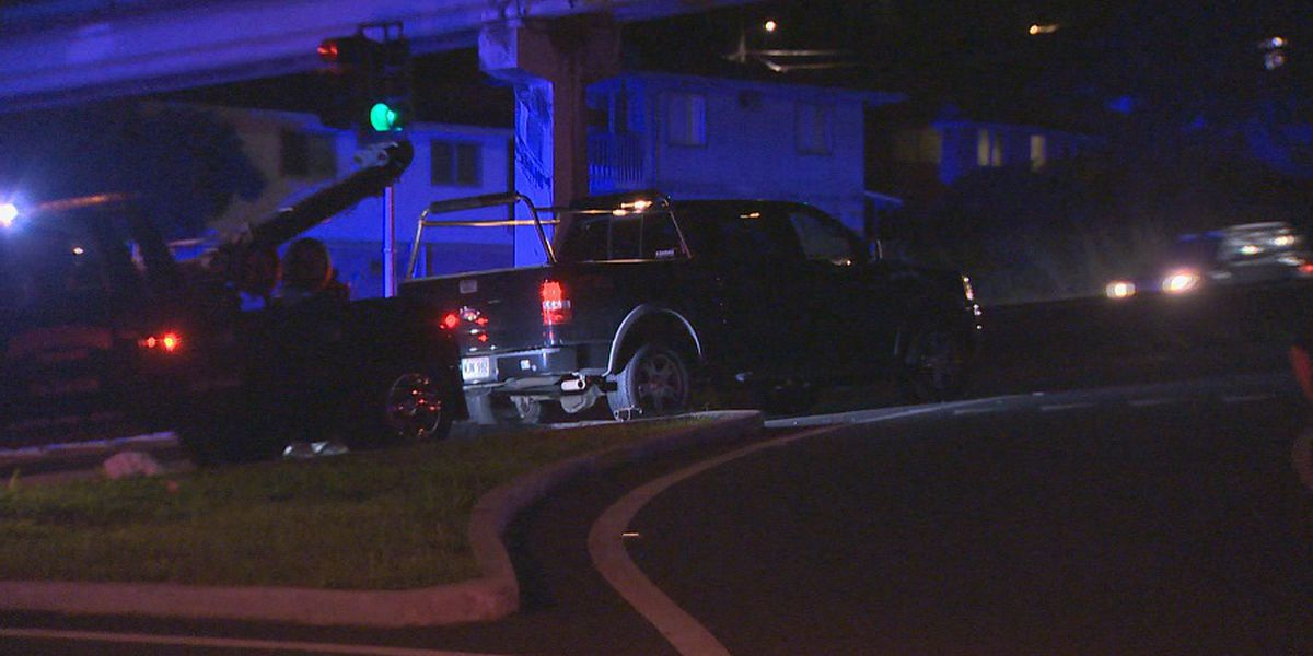 Honolulu police investigate fatal pedestrian crash on Likelike Hwy.