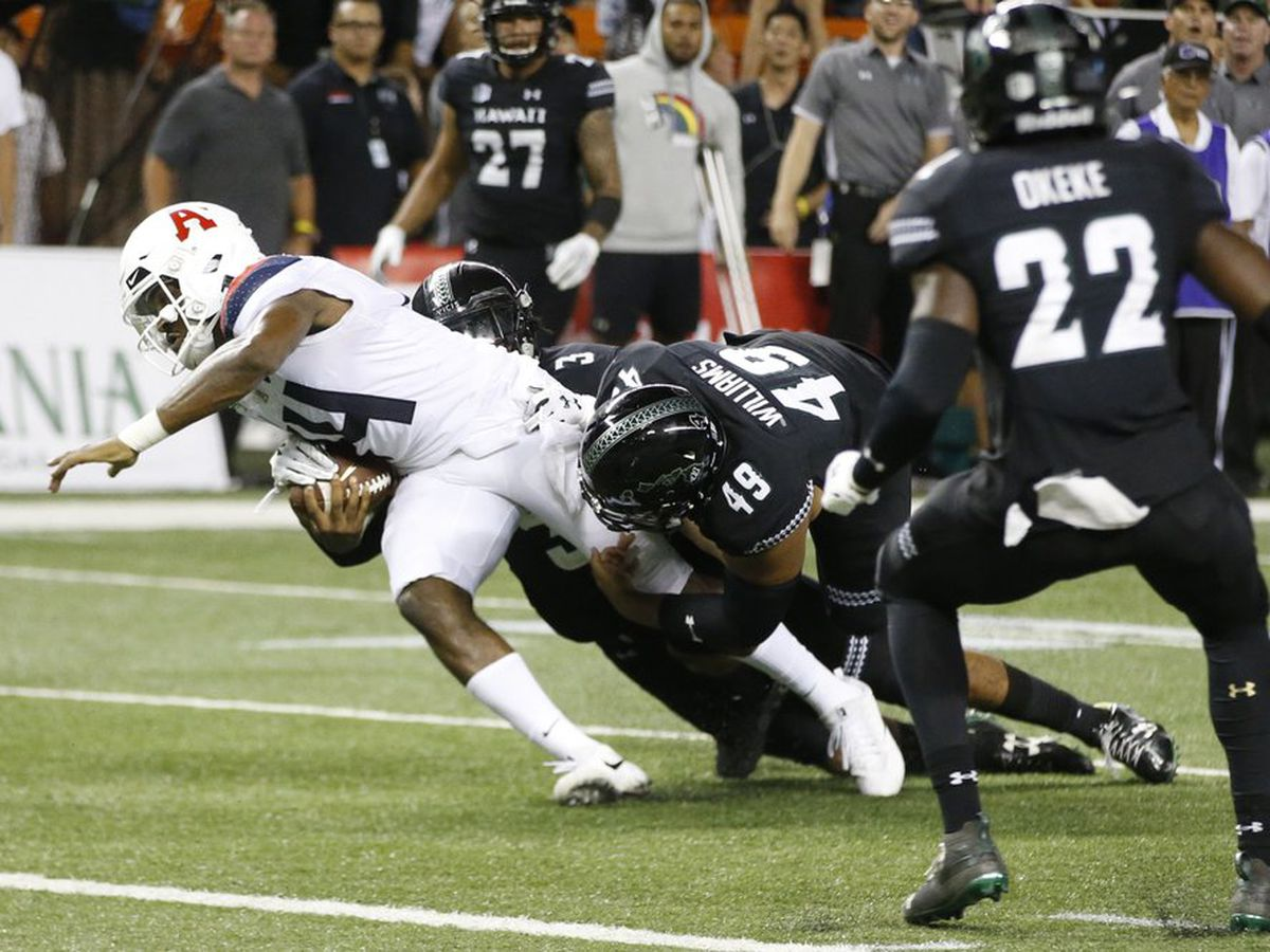 'Bows overcome turnover woes to top Arizona in thrilling opener