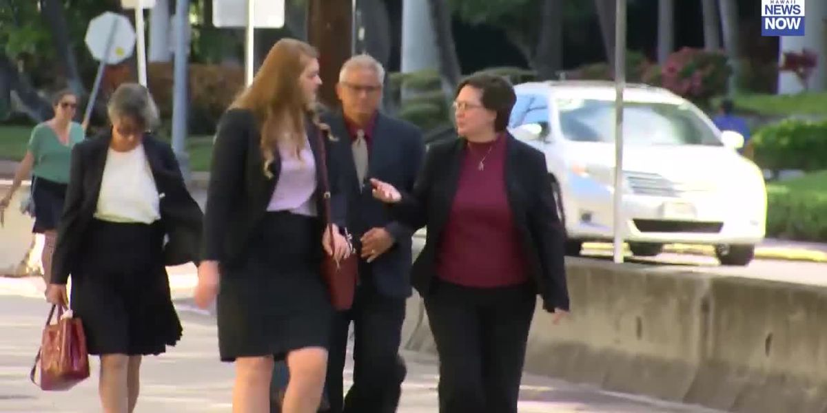 Louis and Katherine Kealoha arrive at court for start of federal corruption trial