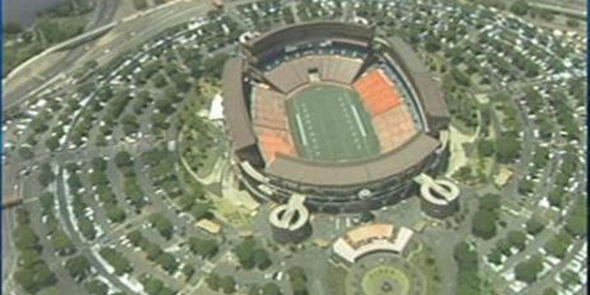 Aloha Stadium raises parking rates