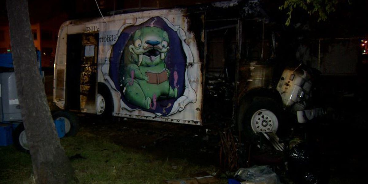 HFD extinguishes fire damaging defunct bookmobile in Kakaako