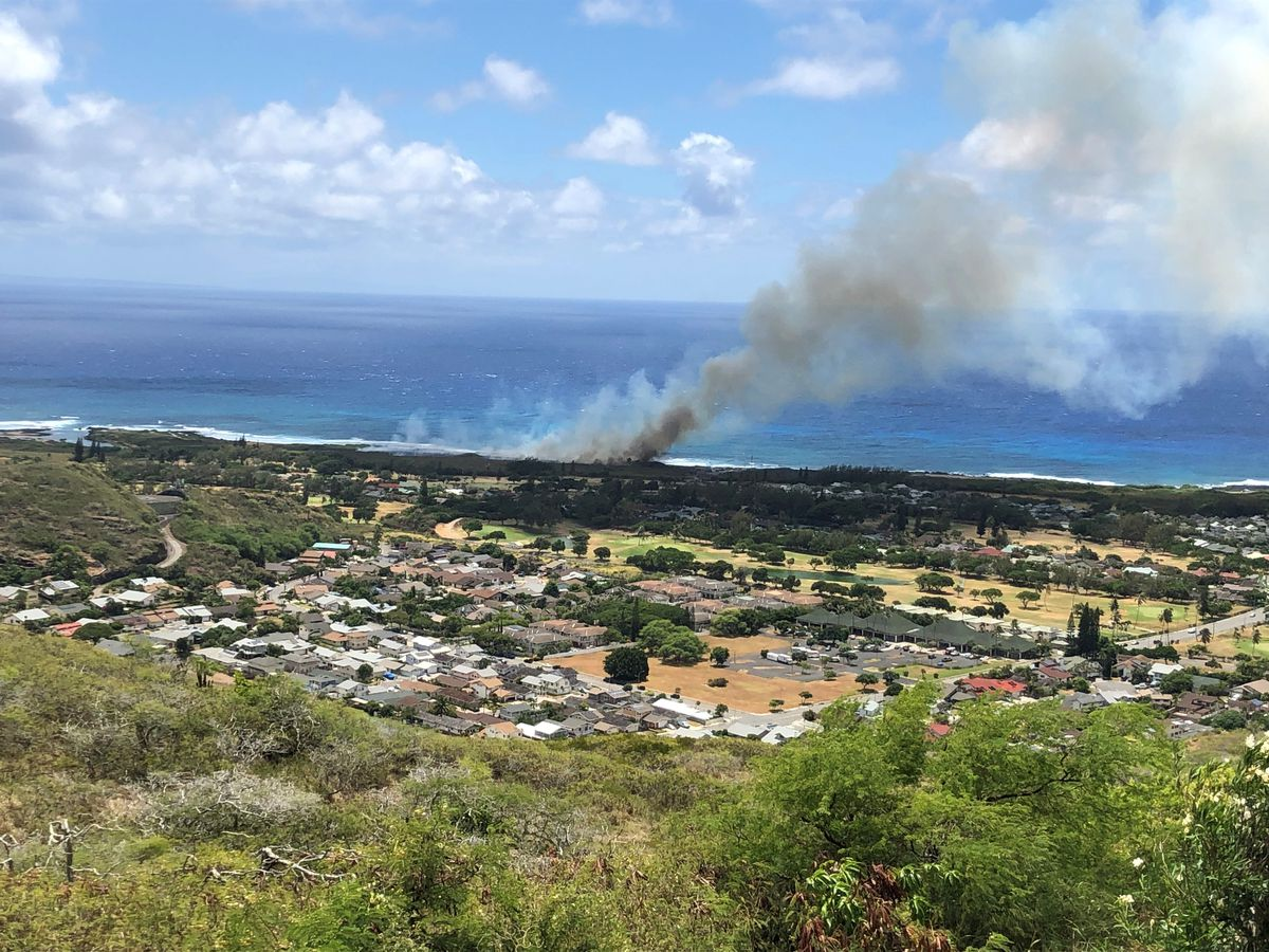 Police arrest 21-year-old man in connection with East Oahu brush fire