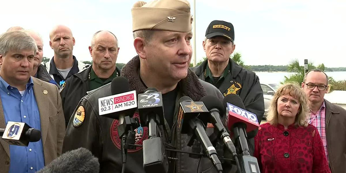 Pensacola Naval shooting: Several deceased, wounded