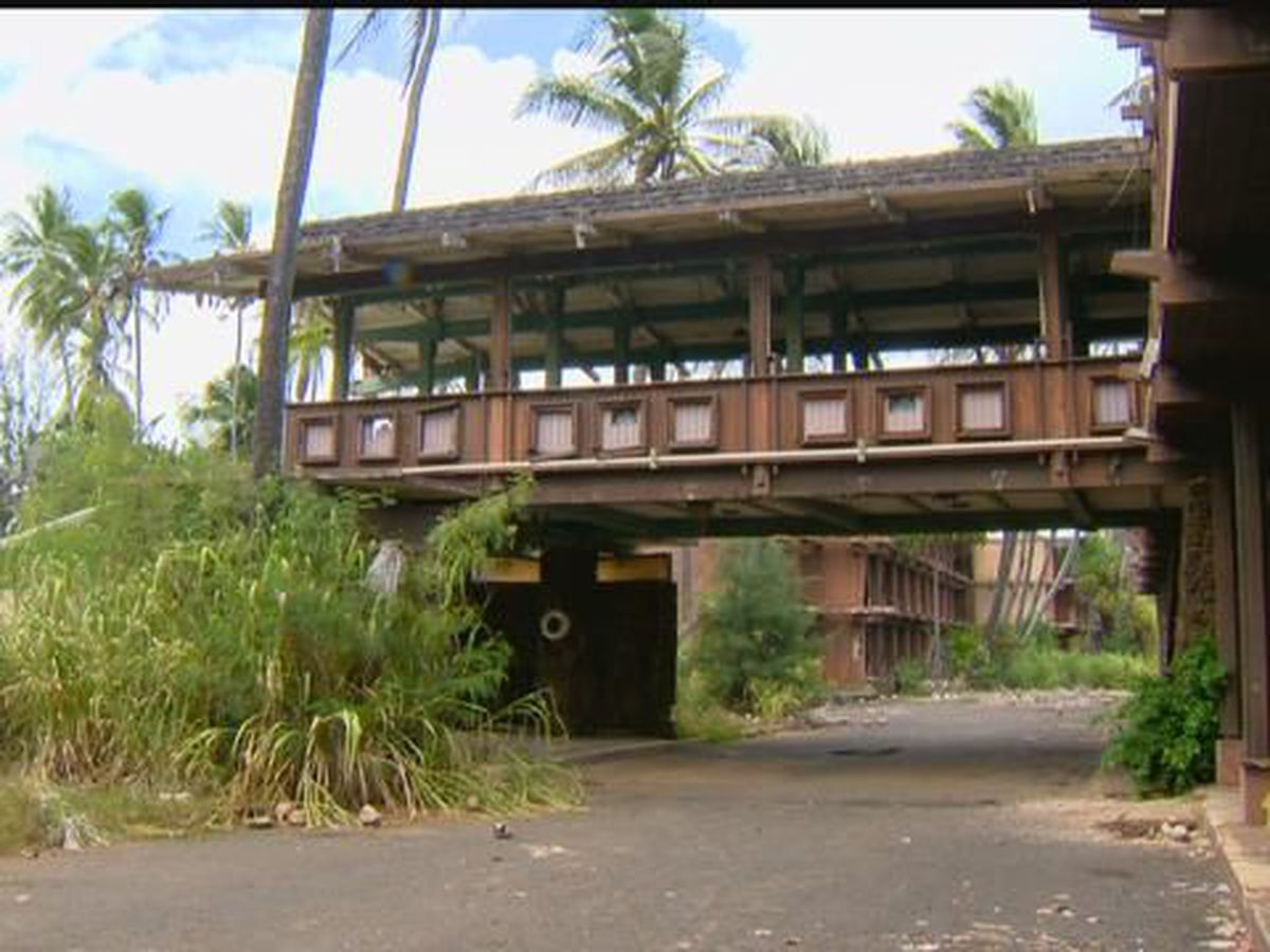 Former Coco Palms resort back on market after redevelopment plans collapse