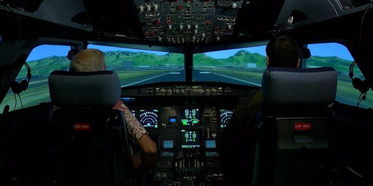 Check out the new Hawaiian Air flight simulator that can make it snow in Hawaii
