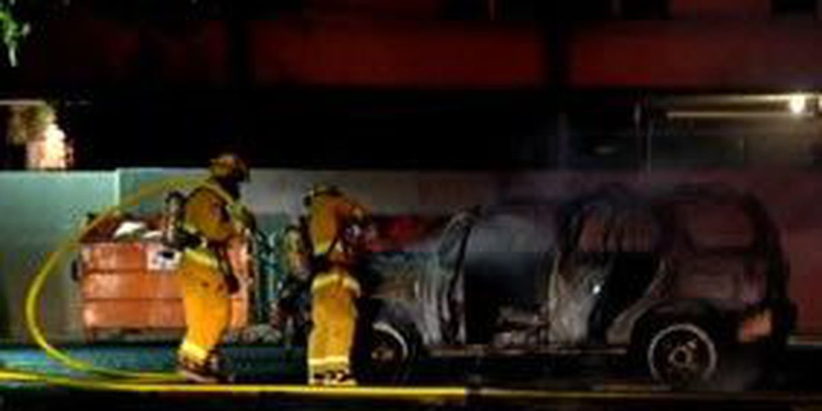 Fire destroys SUV at Honolulu Community College