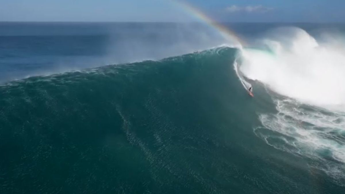 Monster swell slowly dropping, but still, dangerous conditions remain