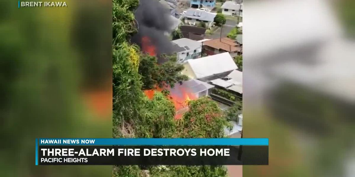 Dozens of firefighters battle large, 3-alarm house fire in Pauoa