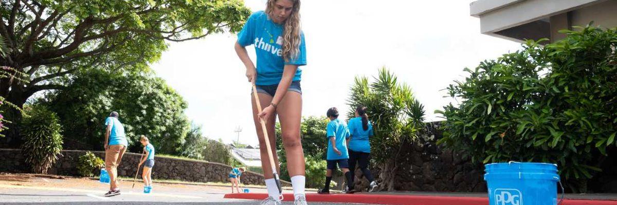 Volunteers work to beautify Windward Oahu campus