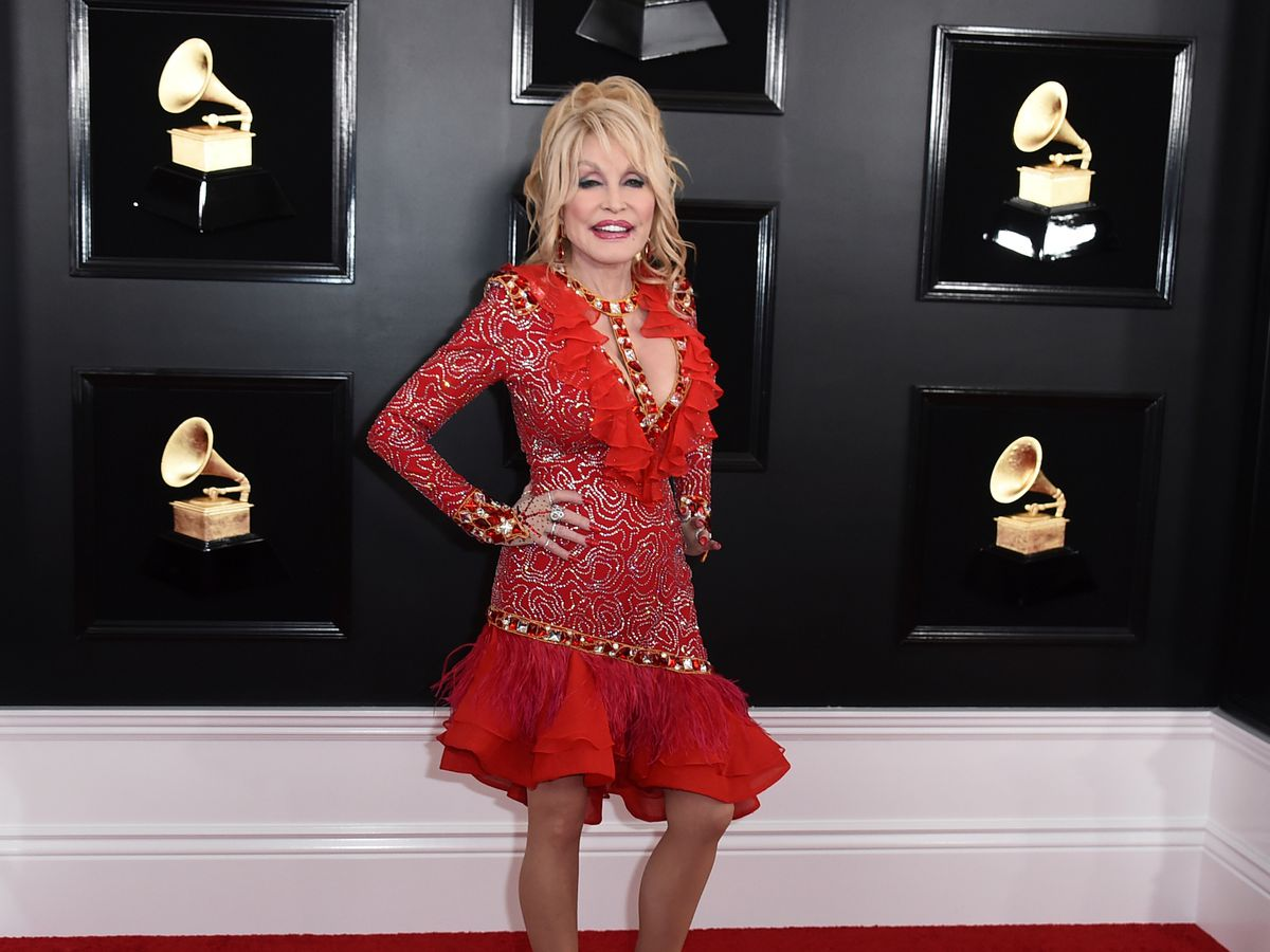 5 surprising connections country legend Dolly Parton has to Hawaii