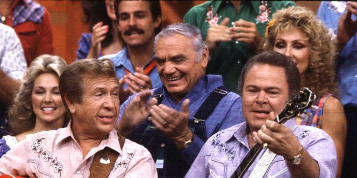 'Hee Haw' host Roy Clark dies