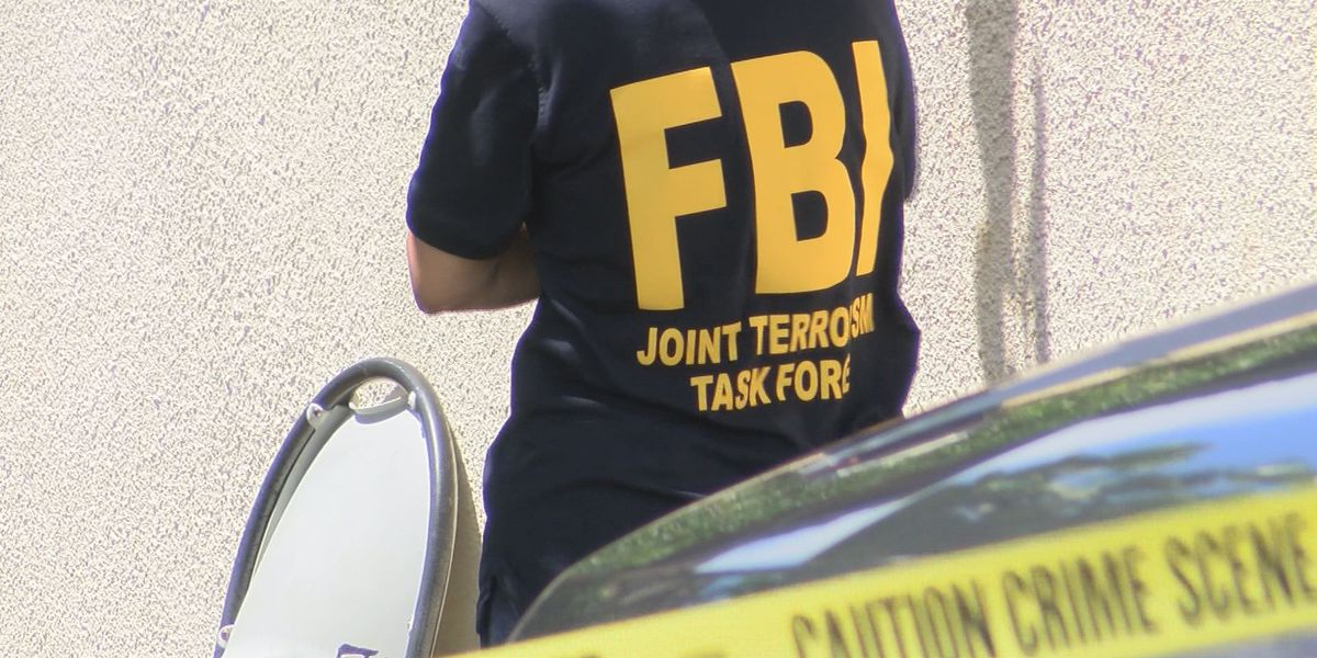 FBI agents raid Waialae Iki home, search for explosives