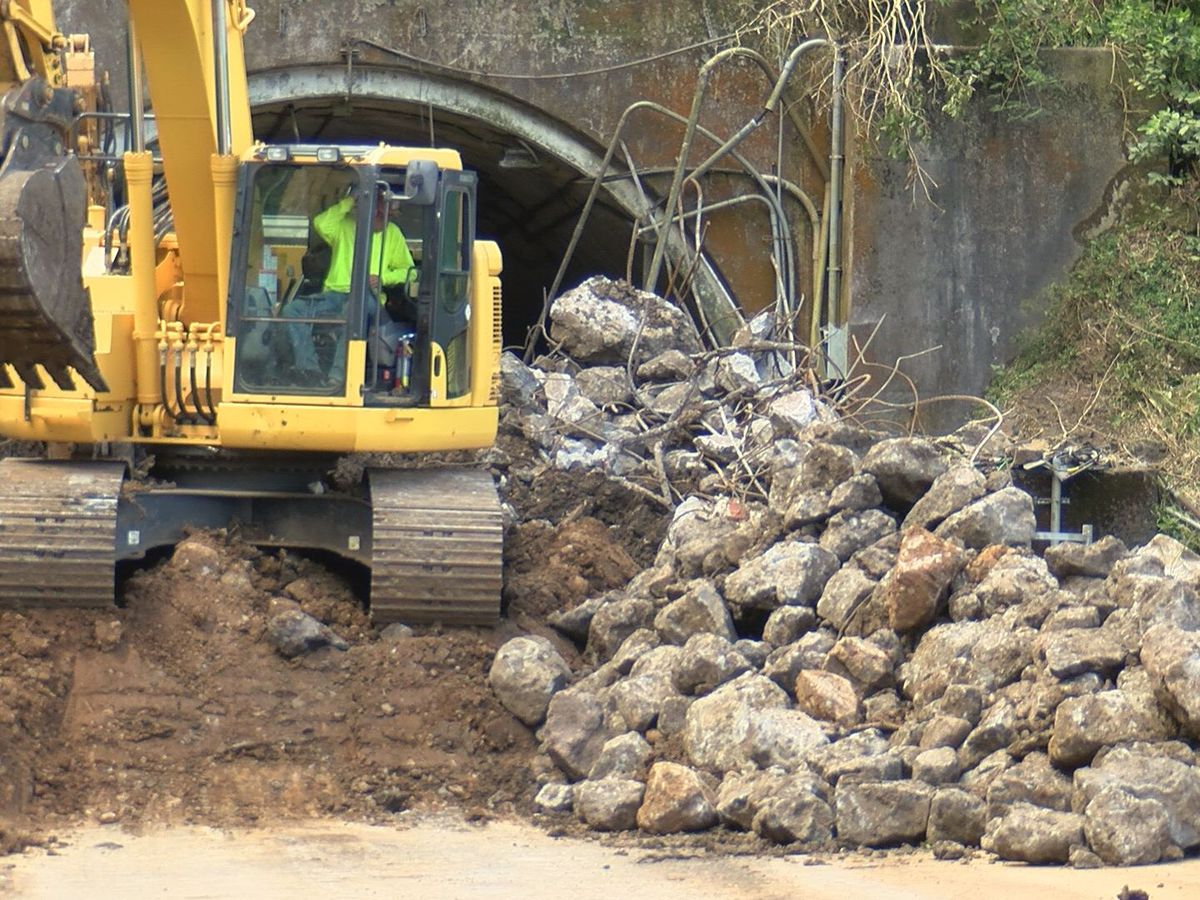 Contractor injured while working on Pali Highway slope stabilization project