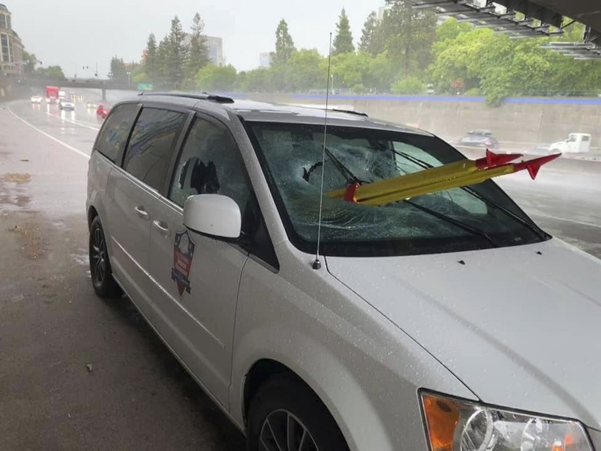 Van passenger impaled by tripod on California freeway