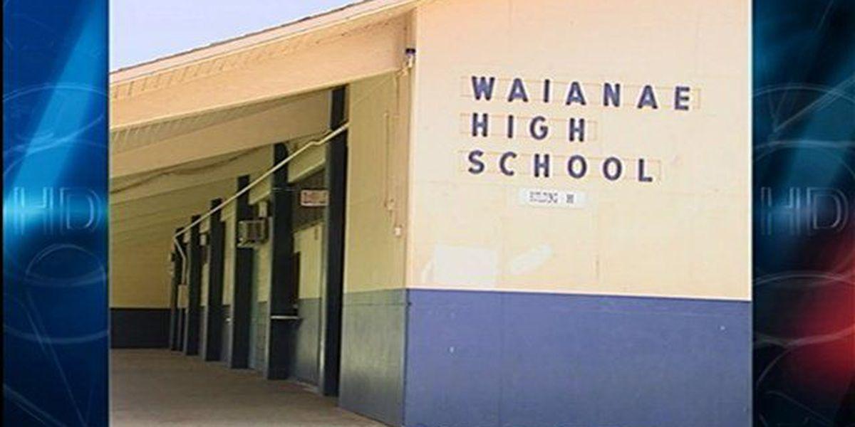 1963 Waianae High grad seeks to replace school trees