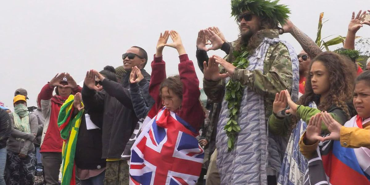 Actor Jason Momoa rallies TMT protesters at Mauna Kea: 'Telescope's not being built here'