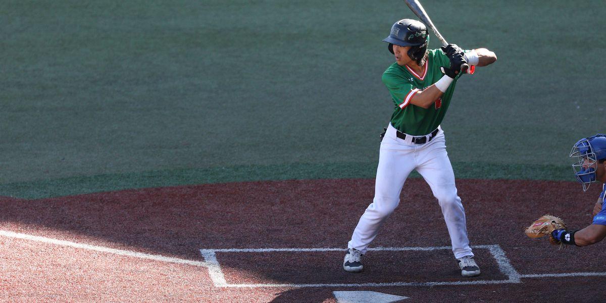 Baseball 'Bows sweep UC Davis at home, eliminating Sunday slump