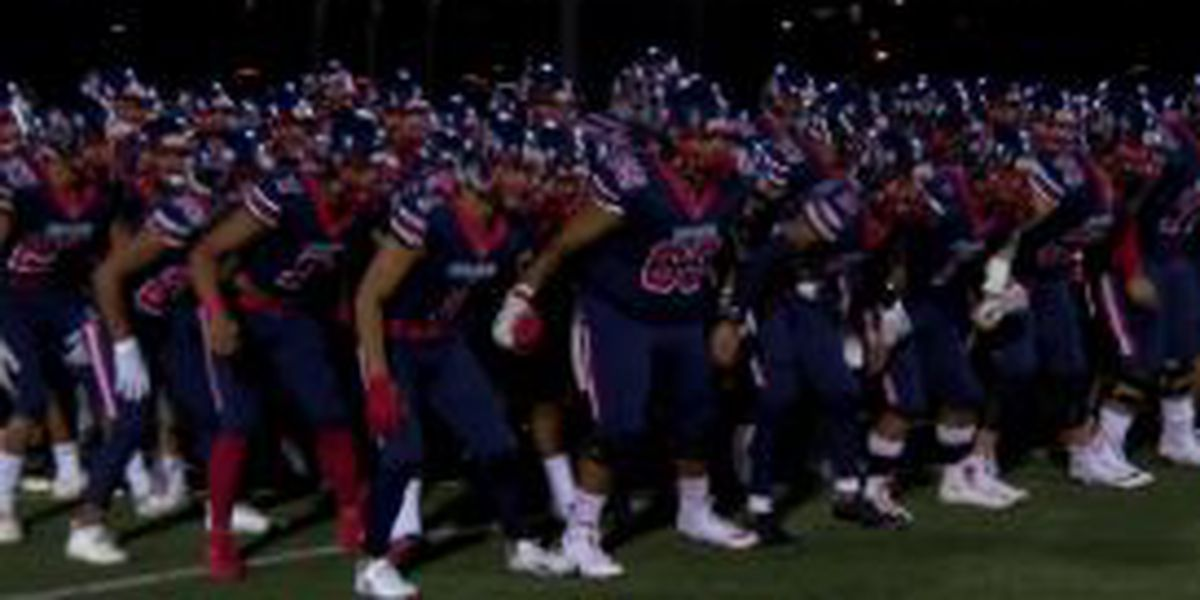 Saint Louis dominates Farrington, 72-6
