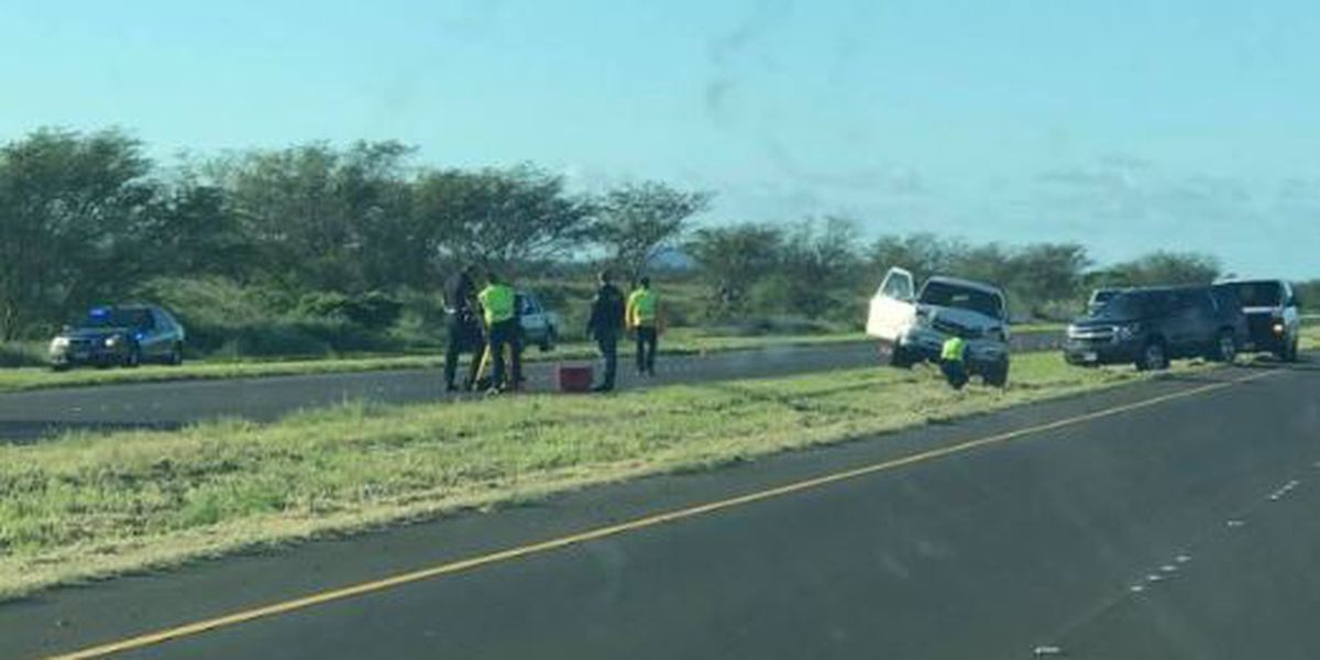 Woman killed while walking along a Maui highway